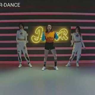 #舞蹈#爱生活就不怕露骨,这就是#my money#(HAZEL编舞)去放纵,去疯狂,去浪到极致,平平老师平时物语有木有?😏@敏雅音乐