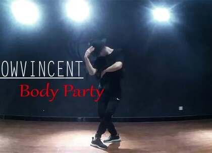JOW VINCENT 编舞 Body Party ,这是第一次完成这支#舞蹈#跳的一遍,我觉得刚刚编完跳的感觉特别有,因为那个时间是最集中在此舞蹈上的,cool,因为热爱所以喜欢编编编#jowvincent#