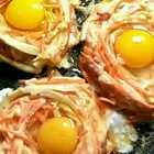 鸟巢煎蛋。你家人会喜欢这款早餐的。食材简单营养丰富。😄多多支持八哥评论666点赞谢谢#醉人的美味#