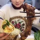 开饭啦#吃秀##热门##阿婷食光记#香啊,就好这口,太毕了。明天干豆腐卷大馒头吃,这个鸡蛋酱搭配的好👍