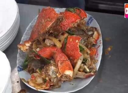 台湾街头小吃蛙型蟹,卖800台币一只,看看是什么吃法?贵吗?