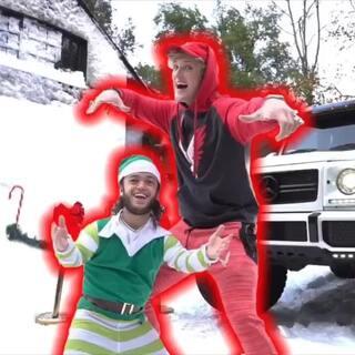 我花了7万人民币往我的房子里运了60000磅雪!我的邻居们以为只有我家下雪了哈哈哈。#热门##搞笑#
