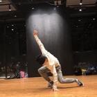 安安静静地跳一支舞是一件很幸福的事情#十万支创意舞##舞蹈#