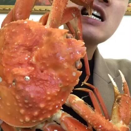哈哈,被封面吓到的点赞走一波,板蟹,主产地朝鲜🇰🇵😎😎#吃秀##热门#
