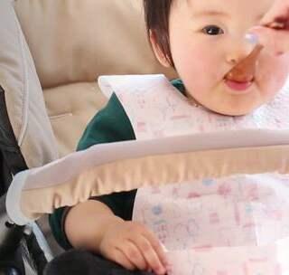 春节想带娃回家过年,难免会大包小包地带上许多东西。贝贝粒整理了几样实用的婴儿用一次性单品,让宝妈出行更便利。#宝宝##萌娃##回家# @美拍小助手 贝贝粒,让育儿充满欢笑。