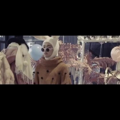 #舞蹈#来一发小预告小预告。😬拖了很久的我上个月的Waacking班编舞《潘多拉》张韶涵,正片于明天下午5点准时美拍发布。👅👅👅@TheFame舞蹈工作室 #Waacking##张韶涵#