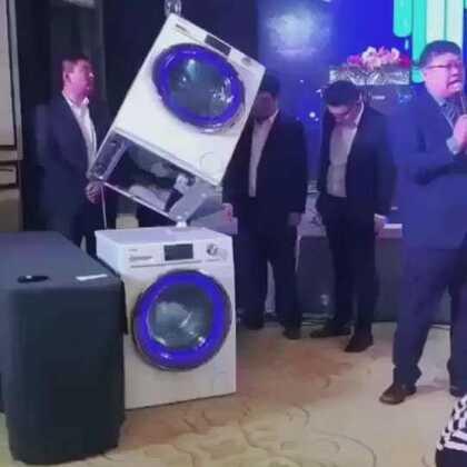 👏 👏 👏 👏 这是我们绿叶公司跟海尔公司合作的洗衣机,效果杠杠滴👍👍👍成为绿叶的会员光家电一样就可以省一千多哦✌️ ✌️