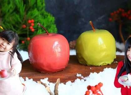 【巧克力慕斯】这款巧克力慕斯你喜欢吗?我家宝贝可喜欢了~谁让她是巧克力迷呢,痴迷巧克力做的所有东西😂祝大家圣诞节快乐哦!#宝妈享食记##美食##圣诞暖心餐#注意事项我都写在视频里了,材料清单在片尾也很清楚,还有不懂的可以问我哈!这次福利就送你们需要的吧👉https://college.meipai.com/welfare/2784283943dde2ff
