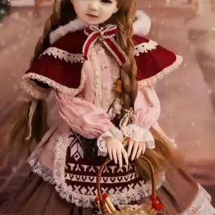#美拍大师#给宝贝!外孙女、制作圣诞!芭比娃娃、提前预祝、宝贝!外孙女、圣诞快乐!玩的开心~😘👍🌹😊👏👏🎄🎄