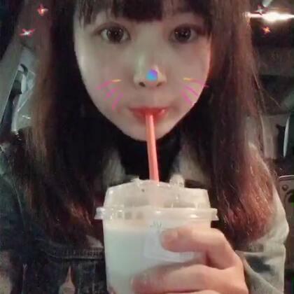 奶茶狂魔的日常🤪最近都在喝coco~coco的圣诞奶霜就是抹茶味奶盖喇🤩#喝奶茶##宵夜#