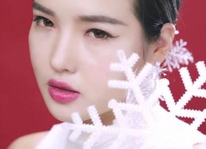 圣诞节,就化身成一位美美的雪女郎吧!#像仙女一样妆圣诞##美妆##女神#