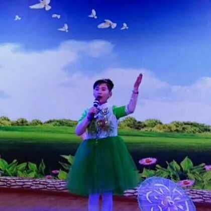 #音乐#,茉莉花开,由于佳琦最近支原体一直感冒嗓子有点哑没唱好,#宝宝##张佳琦#