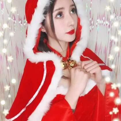 #美拍陪你过圣诞#Jingle bells~Jingle bells~ Merry Christmas 美拍全新推出圣诞魔法自拍特效,陪你度过甜蜜浪漫的圣诞节!