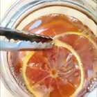 柠檬汁 这个泡水喝 止咳化痰非常好的 不加水 就这样熬制浓厚的汁 #美食##元旦家宴菜##甜品#