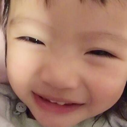 #宝宝#起床气的小妞