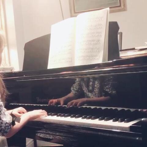 视奏《柴可夫斯基儿童钢琴曲集op39》之《古老的法国歌谣》,昨天去