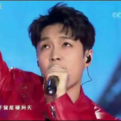 #张艺兴#启航.2018 青春气息爆棚的小哥哥 打call☎️