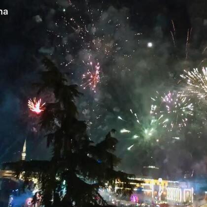 2018地拉那斯坎德培广场新年之夜🎆🎈🎉🎄