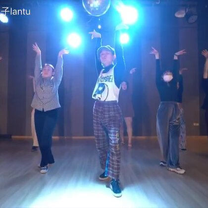 #舞蹈#@TheFame舞蹈工作室 上个月末我的Waacking Class课堂视频编舞《Lovin'is really my game》❤️一首人人都爱的Waacking Disco金曲☺️#Waacking#