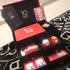 @美图公司 #美拍礼物#今天收了美图公司的禮盒😍谢谢😘转眼就十周年了真快啊~