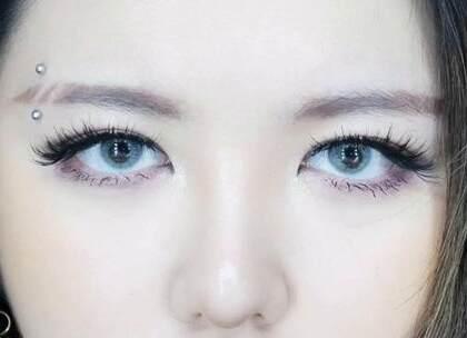 日常妆容画腻了吗?? 那就来个新鲜的妆容吧~[挤眼](1) #美妆手帐#断眉妆#扑通扑通少女心#大多呀Daddoa#