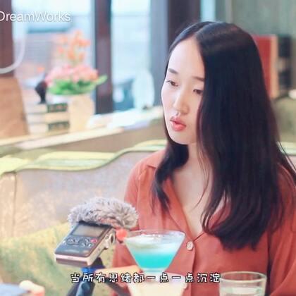 #音乐# 阴天,cover by 景严,吉他:@郝浩涵DreamWorks ,地点:上海香草山西餐厅(星空广场店)