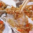 在家做比烧烤摊更好吃的蒜蓉烤生蚝!这样的生蚝你能吃几个?😏#寒冬里的美味##美食#海鲜##