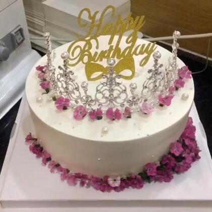 #美食##蛋糕##甜品#还有谁没睡的扣111😄😄,再点赞👍