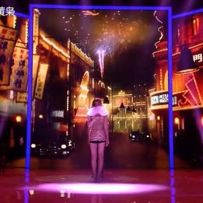 《夜来香+我们不一样》#搞笑##综艺##U乐国际娱乐#经典老歌与土酷潮歌的碰撞~