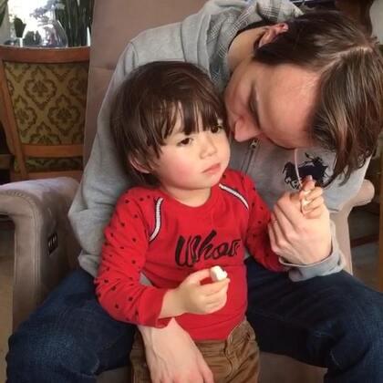 #宝宝##父子俩##荷兰混血小小志&柒#其实我很羡慕志宝柒宝的,有这么好的爸爸妈妈!😁😁😁