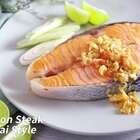 #地方美食# 熟三文鱼的奥米加-3脂肪酸有助减压,用泰式的煮法令味道酸酸甜甜,特别开胃。收看更多精致美食内容,欢迎订阅日日煮DayDayCook! #食谱##我要上热门#