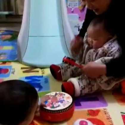 #宝宝##小Luca乐园#好朋友,一起玩,真快活!