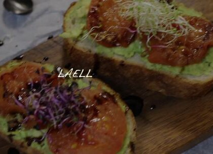 烤 番茄 牛油果 热三明治 减肥料理 #美食##减肥##减肥餐#