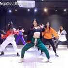 #megasoul dance studio#长发U乐国际娱乐Vivian@Spades-Vivian 寒假特训👏👏👏美到飞起啊#gangsta##我要上热门#🤔🤔🤔那个回眸。哇!