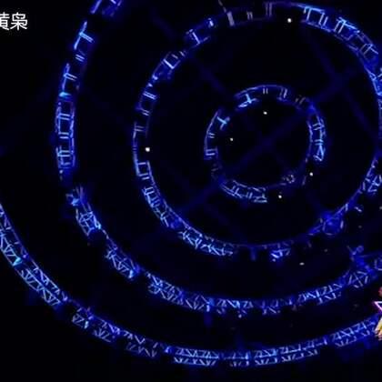 """黄枭演绎""""费""""式《走天涯》😀😊😃广场舞神曲也可以这么唱~~#搞笑##广场舞##U乐国际娱乐#"""