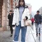 今年冬季流行这三款大衣!第二位小姐姐整身搭配得都很有质感啊!#穿搭##时尚搭配##街拍#