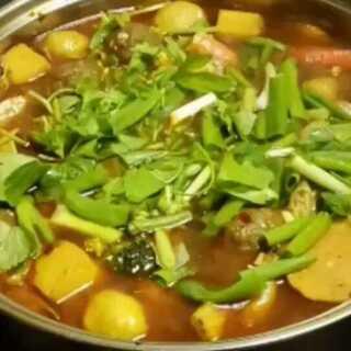 #我是吃货我自豪#自己煮的小火锅 超好吃👯👯