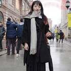 武汉路人街拍,南方的女生普遍都很会穿啊,这三位女生你打几分?#时尚街拍##时尚搭配##时尚穿搭#