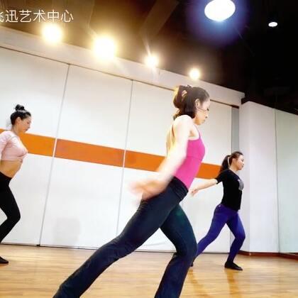 【无问西东】飞迅Grace老师形体核心训练课021-52807801