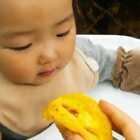 宝宝: 再也不吃蛋挞了,和粥一个味道。