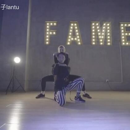 #舞蹈#上一周和来自Caster Crew的Irina Milan🇺🇦老师的Voguing联合编舞《Let's Start the Dance》Jolin蔡依林😬❤️👅#Voguing##Vogue#@TheFame舞蹈工作室