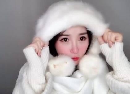 下雪的季节,就来一个冬日冻伤妆容吧。 你的家乡下雪了吗?#美妆##我要上热门#