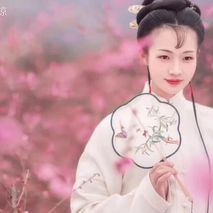 【新品拍摄花絮】寒风中一只瑟瑟发抖的小仙女……#汉服日常##汉服摄影#