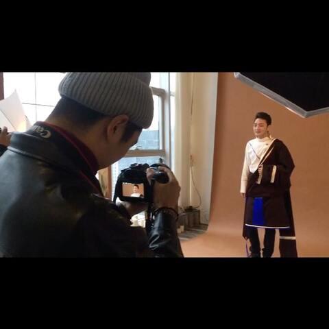 藏族歌王谢旦的最新歌曲拍摄中.
