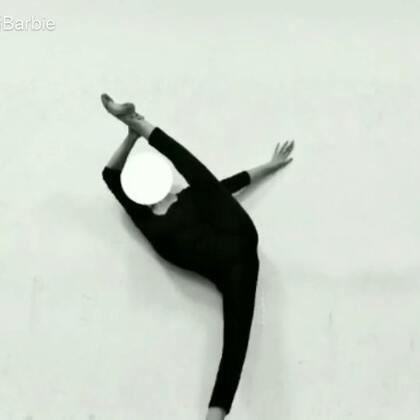 中国舞班的孩子留影~💃#湖南涉外经济学院##中国舞##舞蹈技巧#