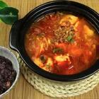 韩式嫩豆腐几乎很多韩餐馆都会推荐的一道汤品,特别是在天冷的时候,喝上一碗再暖和不过了啦!#美食##美食作业##地方美食#