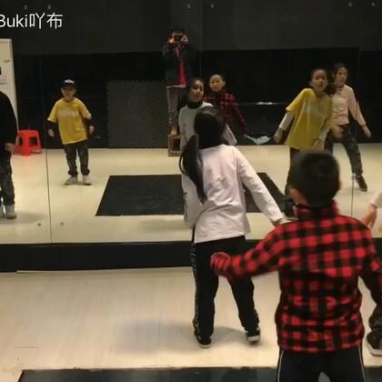 #梧州spt舞蹈工作室#📍📍📍最近跳舞没想法很久了,也颓废很久了,你们加油呀,让我开心开心啊😬😬😬