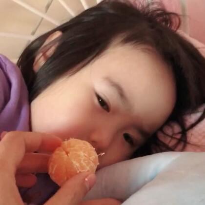 论怎么叫醒小蛮。#可爱吃货小萌妞##吃货小蛮#