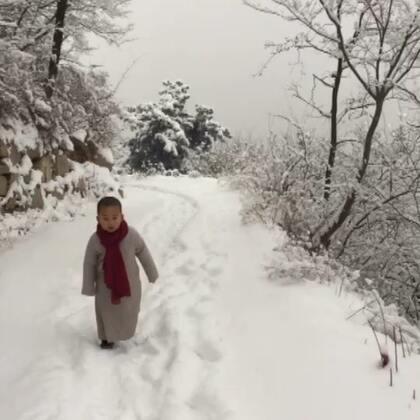 喜欢雪是孩子的天性