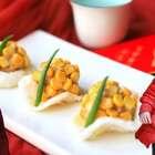 【圆圆满满—蒸福丸】表面裹的玉米粒不仅在口感上为肉丸加分,也为这道菜增加了喜庆的气氛,让小朋友们更加喜欢。#宝妈享食记##美食##吉祥年菜#本期福利:从转发+点赞+评论中抽4名小伙伴平分200元现金红包。一周后转发中公布名单(Ps:清单里的量一共可以做14个丸子哦!)